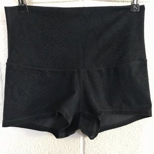 Lululemon Activewear booty Shorts